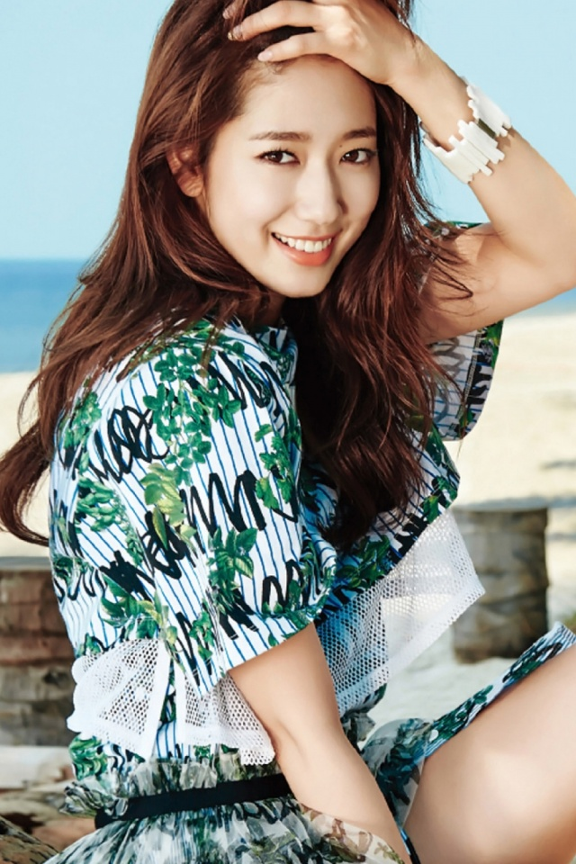 640-South-Korea-Park-Shin-Hye-l.jpg