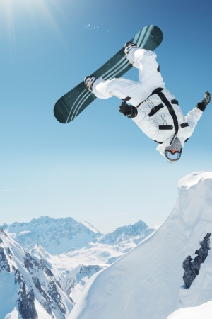 Extreme Snowboarding Mobile Wallpaper