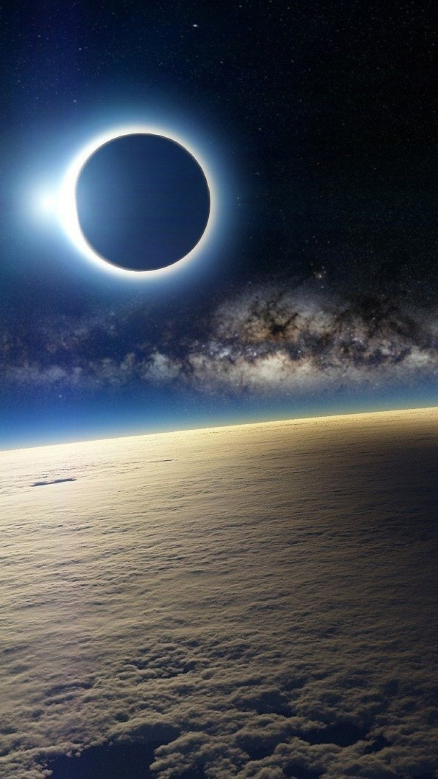 Top Wallpaper Mobile Space - 900-Solar-Eclipse-from-Space-l  Photograph_736617.jpg