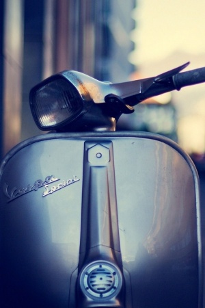 Scooter vespa sprint Mobile Wallpaper