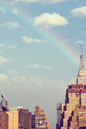 City new york high rise rainbow. Mobile Wallpaper