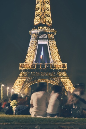 People eiffel tower france landmark Mobile Wallpaper