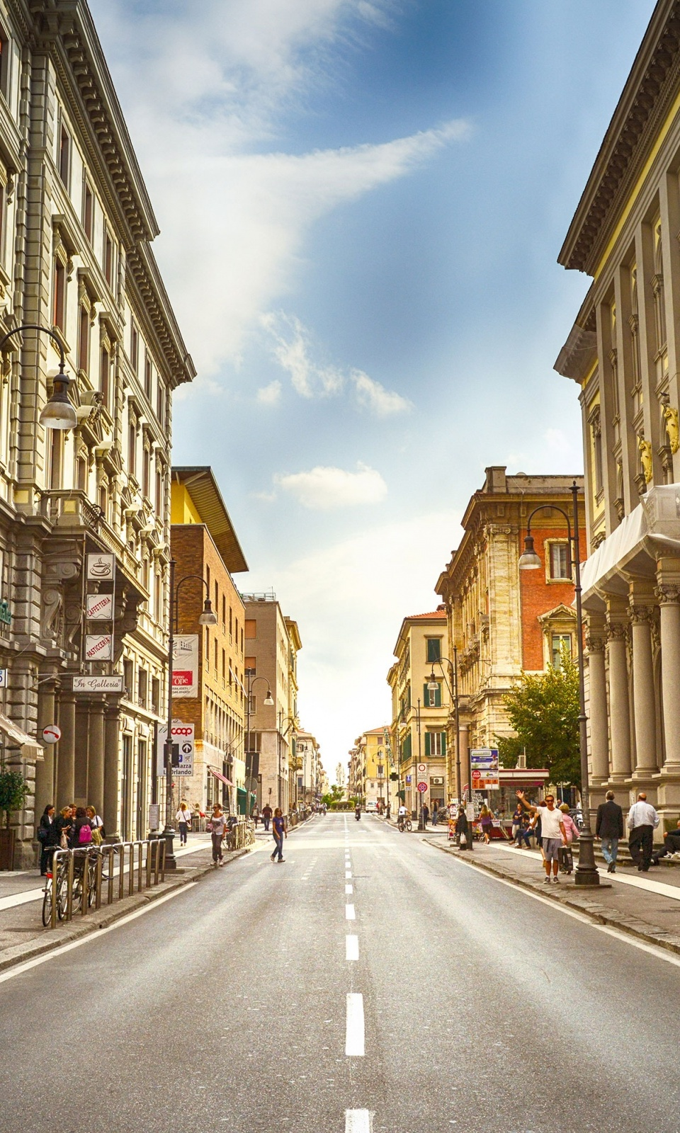 City Road Street Italy Mobile Wallpaper
