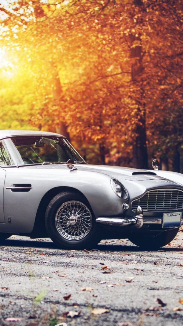 Delightful Vintage Car HD Mobile Wallpaper. Android / IOS / Windows Phone Wallpapers