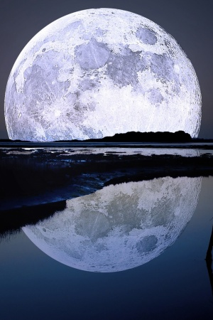 Full Moon Mobile Wallpaper
