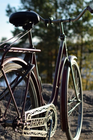 Old Bike Mobile Wallpaper