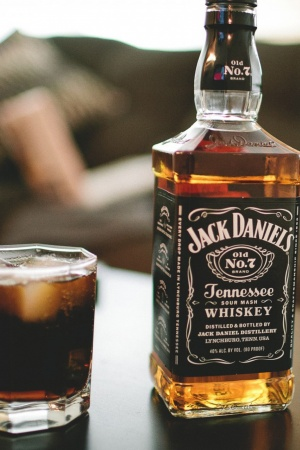 jack daniels viski butylka Mobile Wallpaper