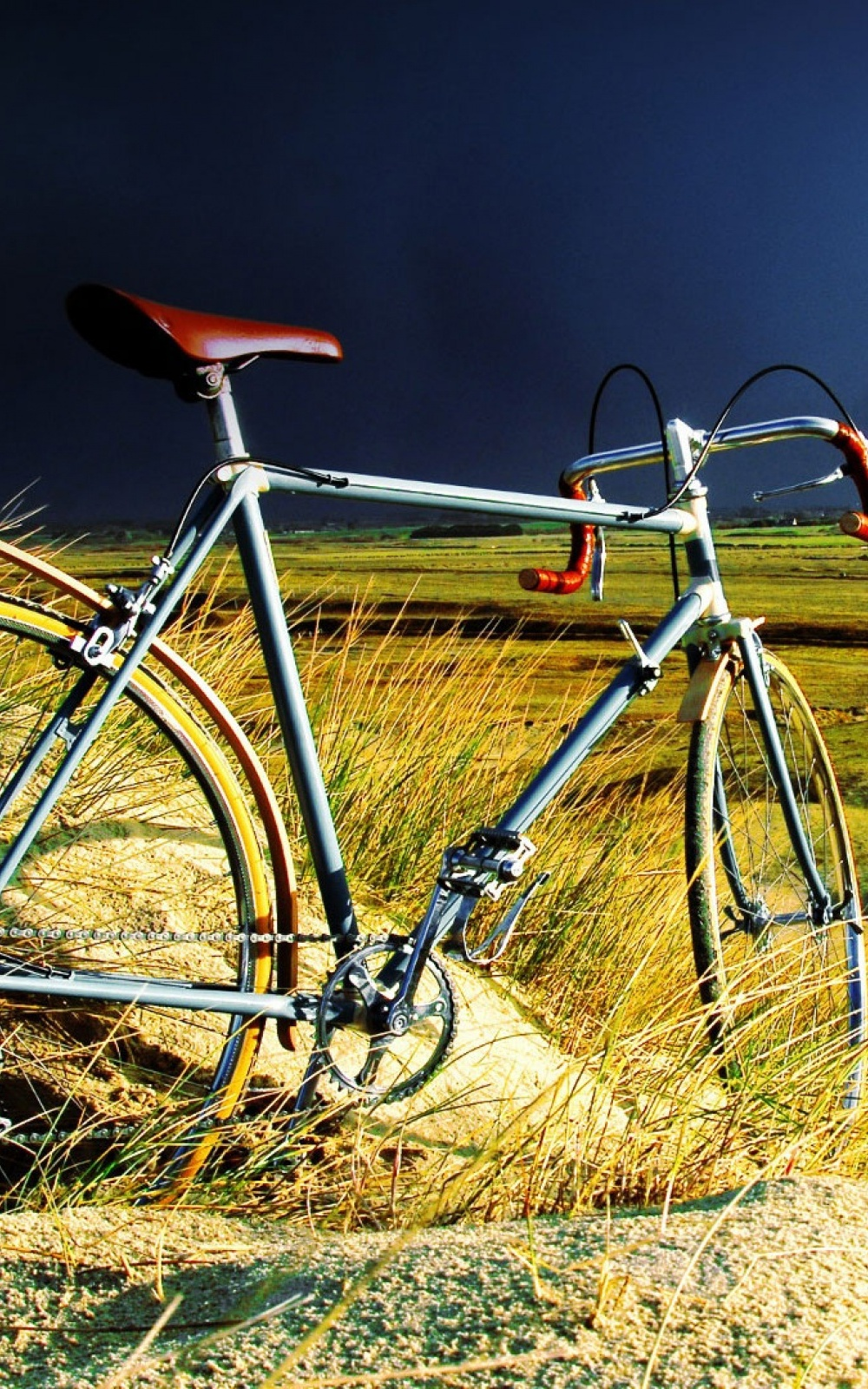 Simple Wallpaper Mobile Vintage - 1000-Vintage-Bicycle-in-the-Storm-l  Collection_573977.jpg