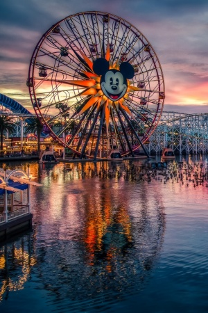 Mickeys Fun Wheel Mobile Wallpaper