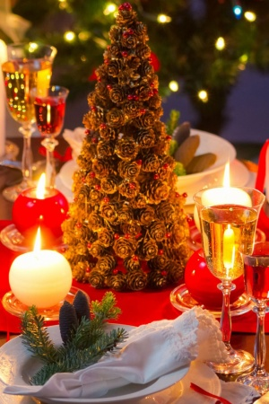 Christmas Dinner Table Mobile Wallpaper