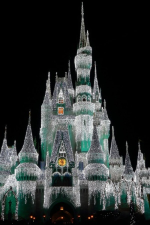 Cinderella Castle at Christmas Mobile Wallpaper